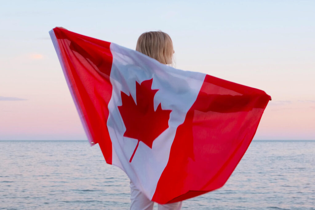 Online Dating for Women Over 40 in Canada